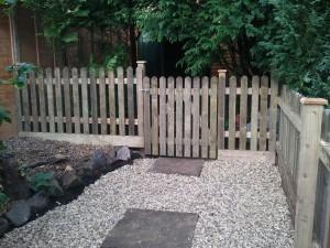 Picket fencing in Bristol