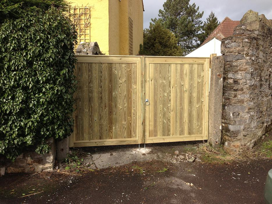 tongue&groove gates from Bristol